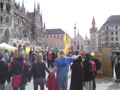 Marienplatz 8.4.2010