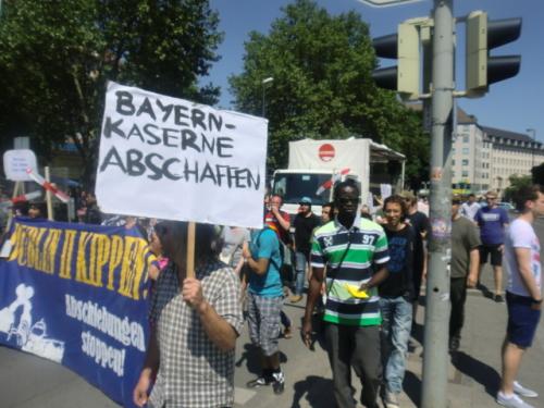 bayern-Kaserne uli equalrightsforrefugees_26may2012-8
